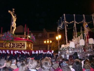 El Cristo de la Expiración y la Virgen de los Dolores emocionan al pueblo