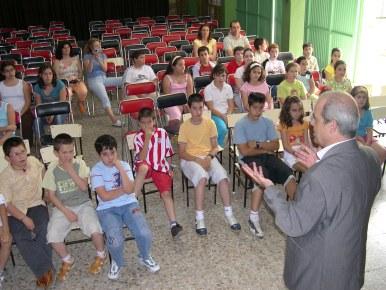 El Centro de Salud de Porcuna premia el trabajo de los escolares