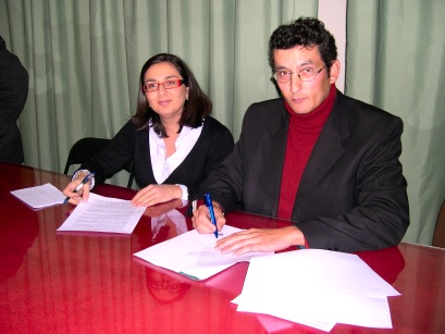 IU y APLI firman un acuerdo de coalición para las elecciones municipales de mayo