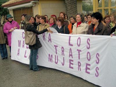 Concentración de mujeres las vísperas del 8 de marzo