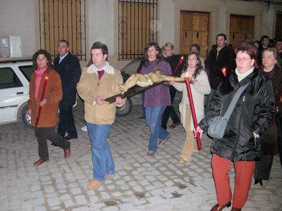 Más de 500 personas participaron en el Vía Crucis del Martes Santo