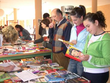Hoy se clausura la Feria del Libro del IES de Porcuna