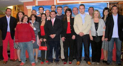 El PP presenta 'una candidatura joven y preparada para cambiar de gobierno'