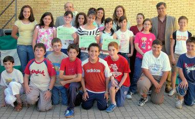 El Centro de Salud de Porcuna premia a escolares de la localidad