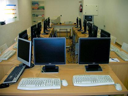 El Complejo 'Las Palmeras' inicia su actividad como centro de formación con un curso de hostelería