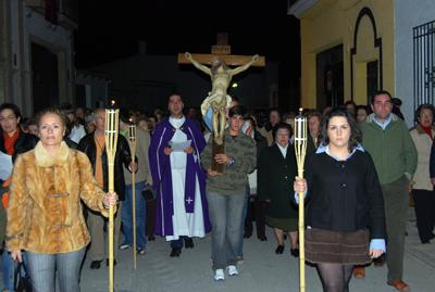 Vía Crucis en el Martes Santo de Porcuna