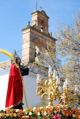 Los pasos del Viernes Santo cierran la Semana Santa en Porcuna