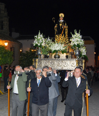 La festividad de San Benito se celebró ayer lunes