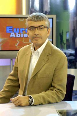 José Antonio Navarro, un periodista con raíces porcunenses, consigue el Premio de Periodismo Europeo 'Salvador de Madariaga'
