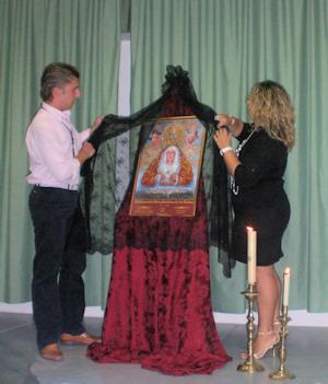 Jesús Máximo Ramírez presenta el cartel del 250 Aniversario de la Devoción a María Santísima de los Dolores en la ciudad de Porcuna