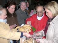 Más de 3000 roscas fueron bendecidas el día de San Blas