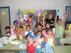 Setenta y cinco niños participan en los campamentos de verano