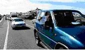 Cientos de vehículos ´antivertedero´ colapsan Baena y sus alrededores