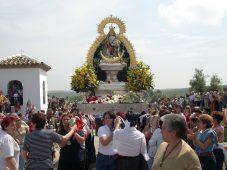 Con la Fiesta de las Flores finaliza la Romería de Alharilla