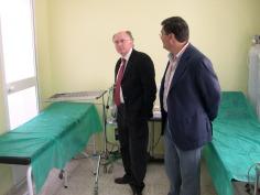 El Delegado de Salud pasa revista a las nuevas instalaciones del área de urgencias del Centro de Salud de Porcuna