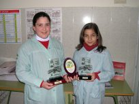 Dos alumnas del Colegio Santa Teresa de Porcuna premiadas en Priego