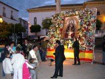 Ofrenda floral a la Virgen de Alharilla
