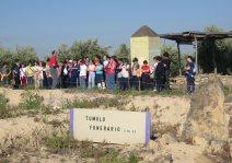 Los estudiantes de Porcuna visitan Cerrillo Blanco en el Día Internacional de los Museos